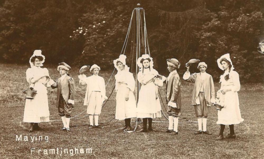 Mills Grammar, Maypole c.1910