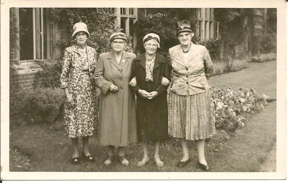 Mills Grammar School Reunion, 1961