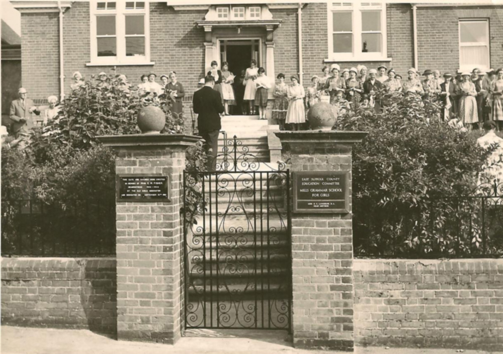 Mills Grammar School, Dedication Service c.1960