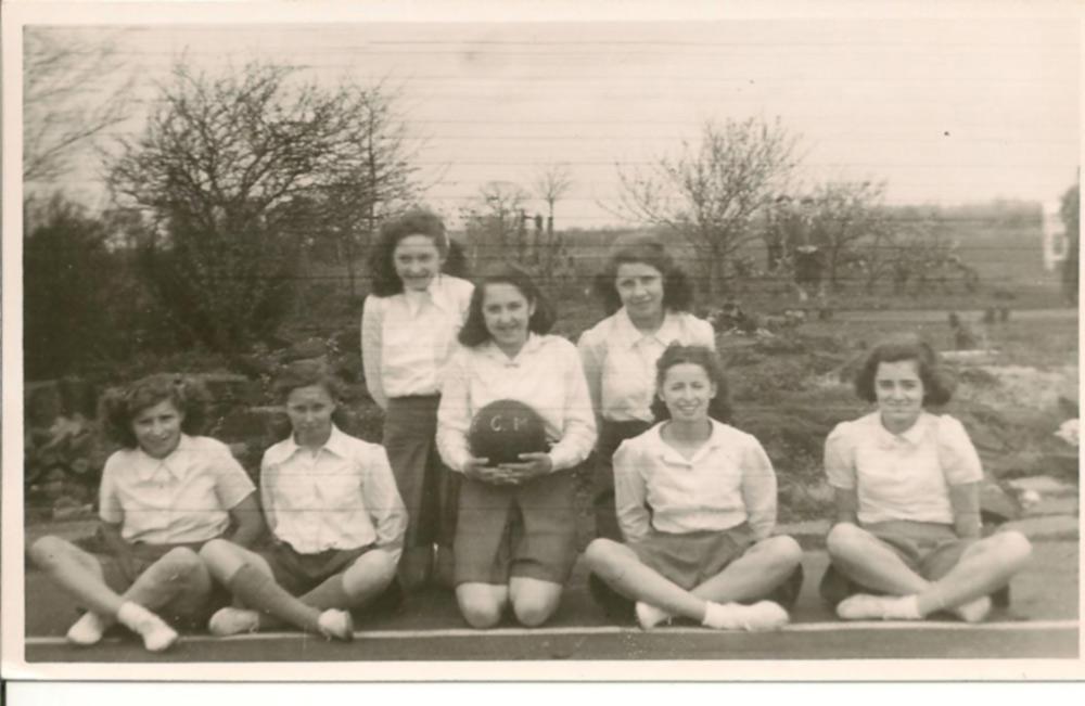 Mills Grammar School Netball Team