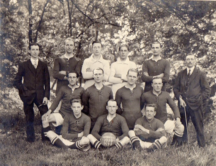 The Comrades Football Team, 1919-20