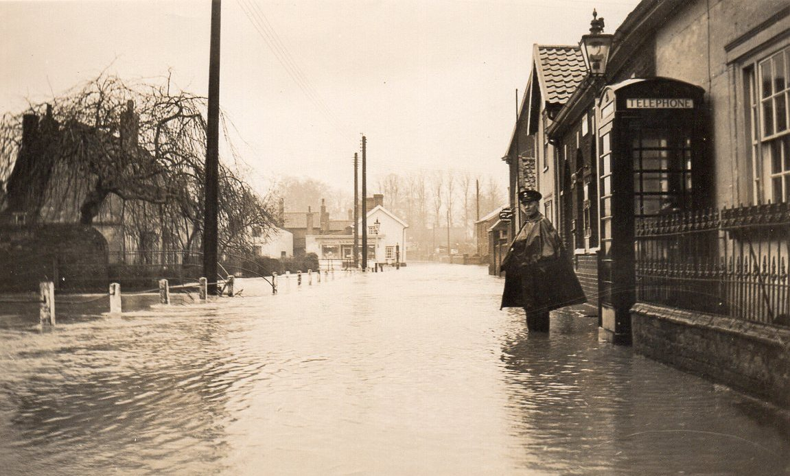 Riverside 1937