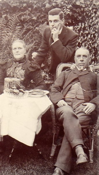 John, Sarah Anne and James Mason Martin c1901