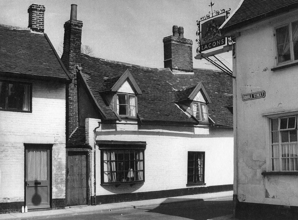 Hare and Hounds, 1958