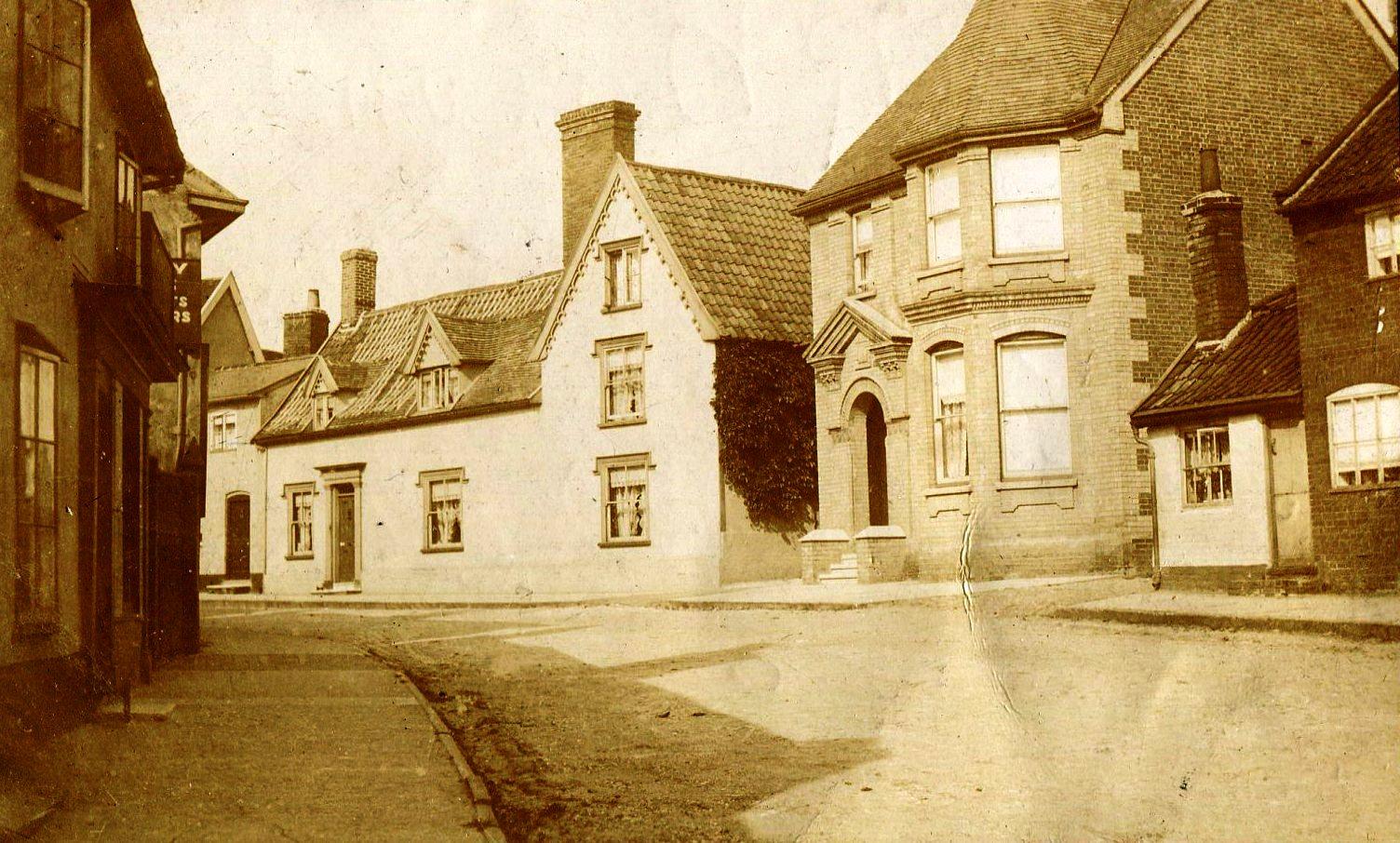 Winston House, Double Street