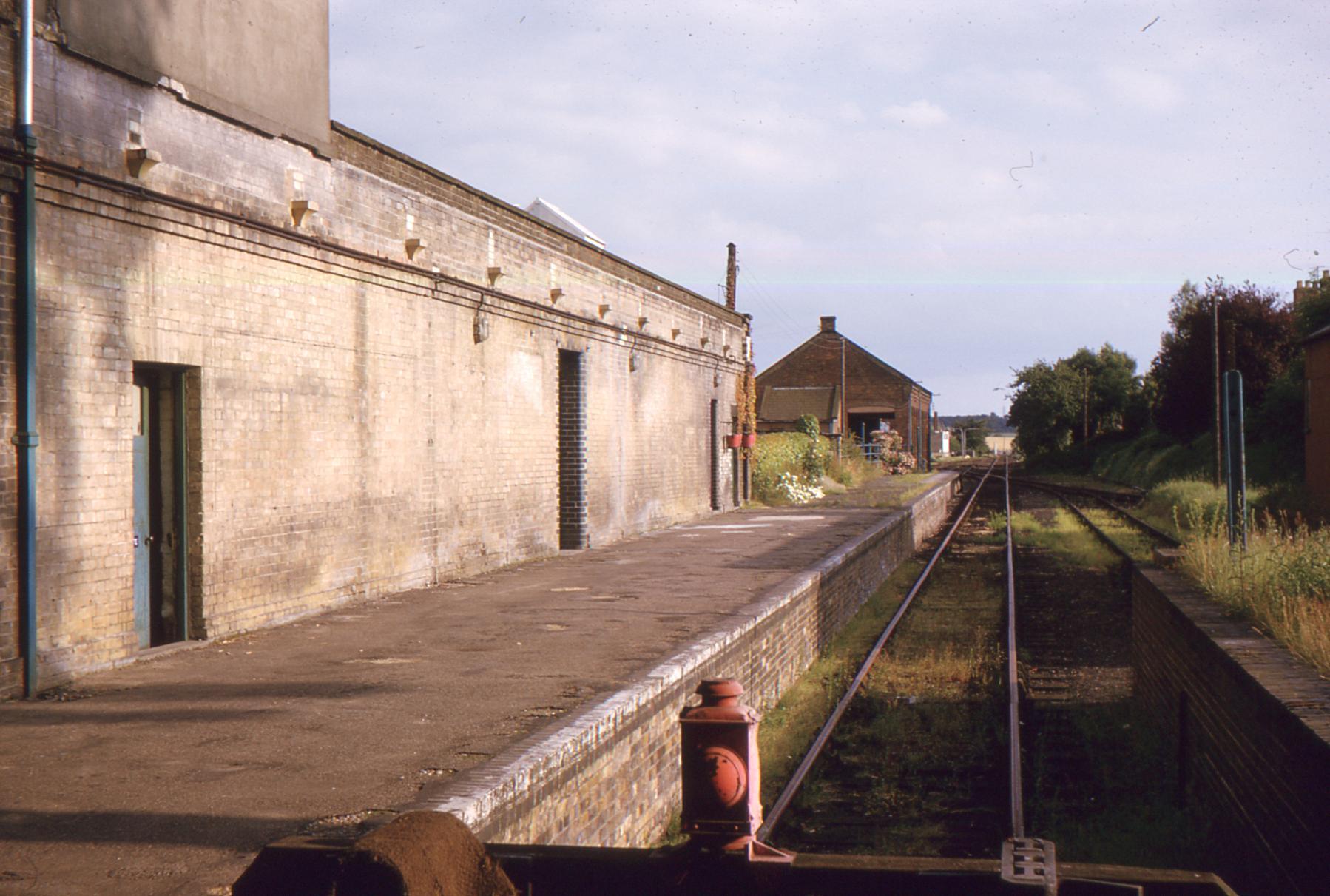 Station platform, 1960