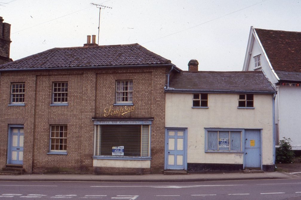 Simpson's Bakery, Well Close Square