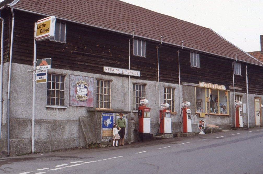 Garrard's garage, Fore Street